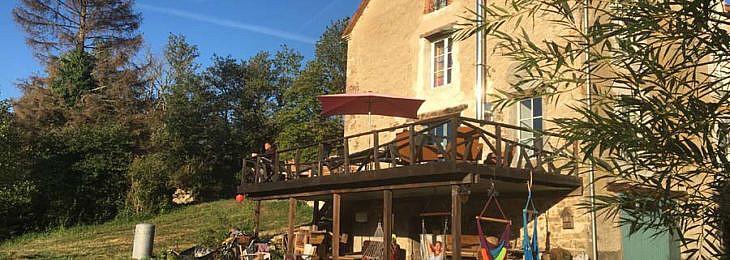 Locatie foto Le Moulin, Frankrijk verranda